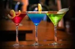 Claim Jumper cocktails!!