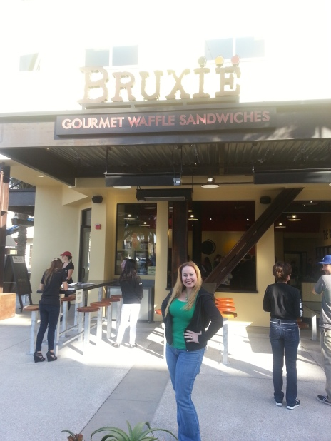 Bruxie Entrance in Huntington Beach