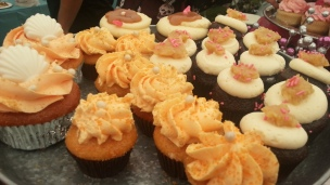 Bubba Sweets Mango Cheesecake Cupcakes