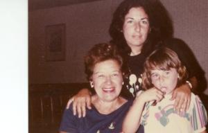 March 1985 - Mom & Gran & Me