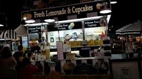 Fresh lemonade and cupcakes