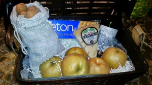 Melissa's Produce gift baskets, organic produce, exotic fruits