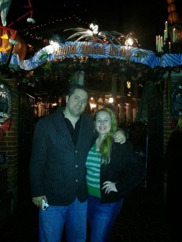 Haunted Mansion Holidays Style - Disneyland Holiday Magic