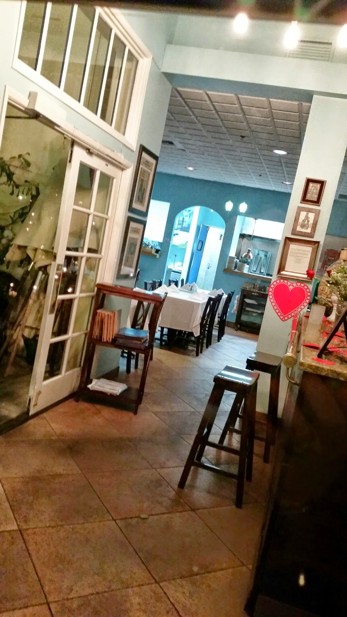 Visit christaki s greek cuisine for the best greek food in for Dining room entrance
