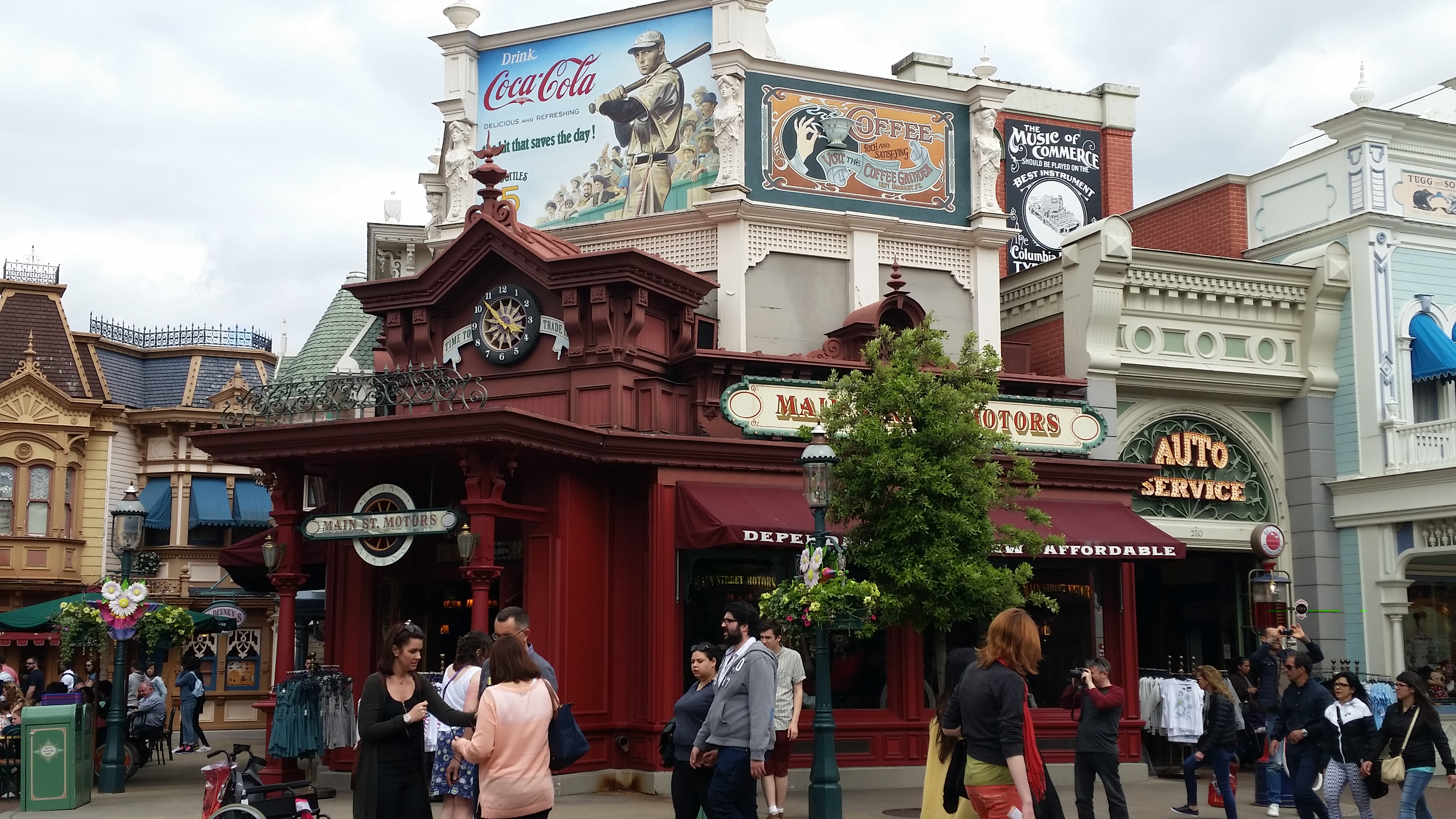 Main Street Motors Disneyland Paris Dani 39 S Decadent Deals