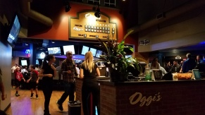 Oggi's Front Desk and Entrance - Oggi's Mission Viejo