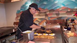 Hard at work in the grill - A La Plancha style - Descanso, A Modern Taqueria (5)